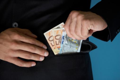 Heute noch 2000 Euro aufs Konto bekommen